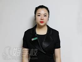 深圳水颜春天美容美甲化妆纹绣培训学校 龙老师