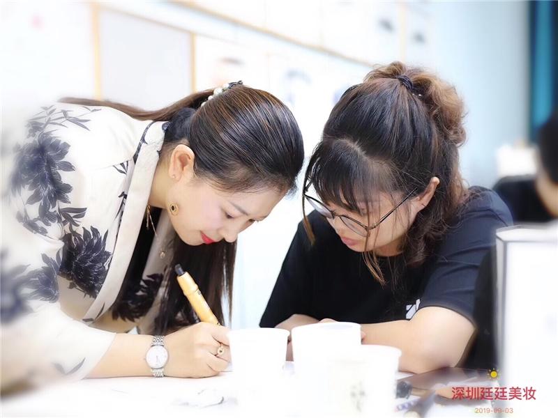 深圳美妆素描专业培训课程