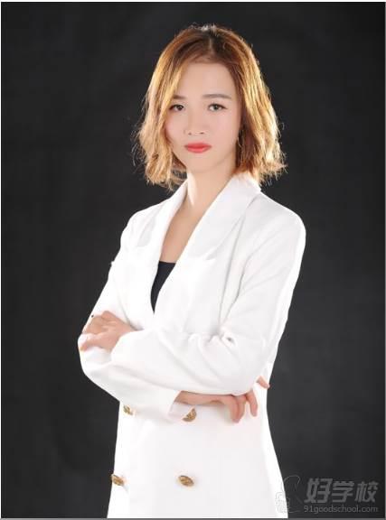 纖藝美業國際連鎖培訓學校 Angel老師