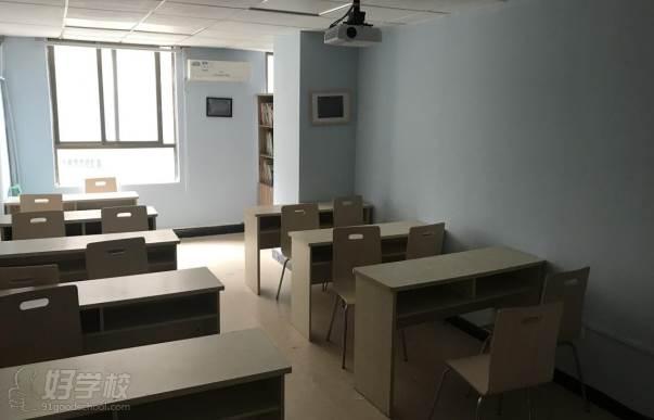 广州学成教育  教室环境