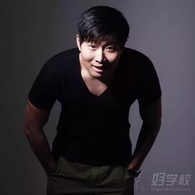 北京嫡戏艺术培训学校 王思豪老师