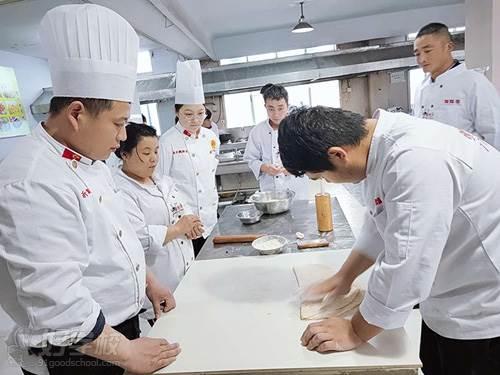 临沂飘飘香专业小吃培训学校 教学环境