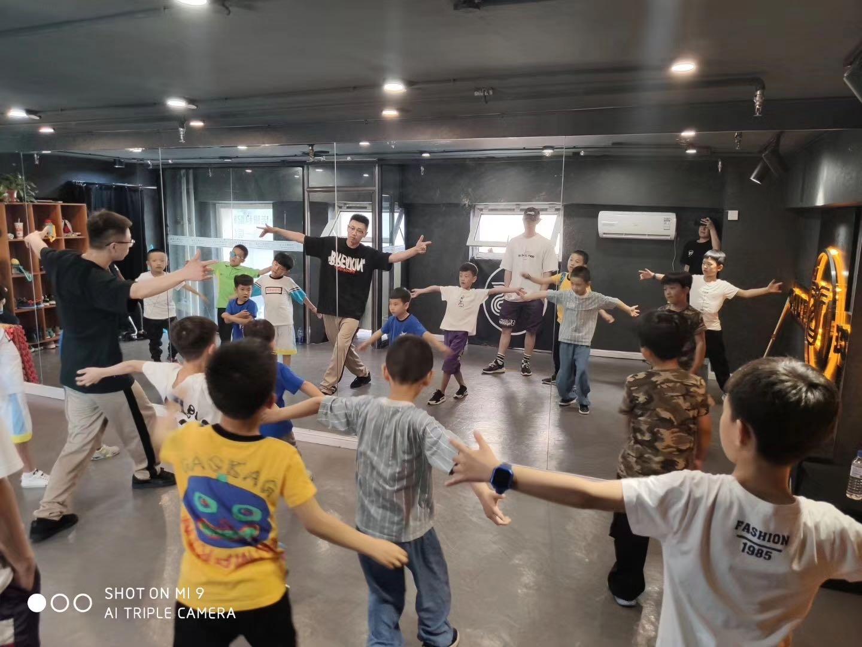 长春少儿街舞课程培训班