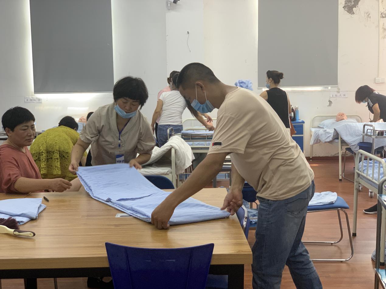 上海养老初级护理员速成班
