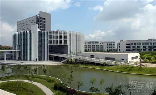 广州大学成人高考文史教育高起专学校环境1