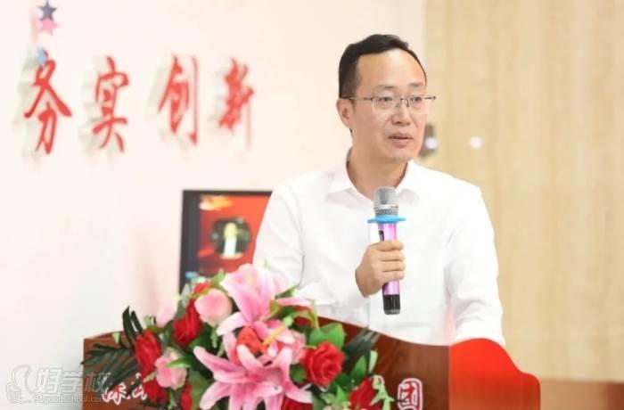 ▲深圳市新中德教育集團總裁  王國銀