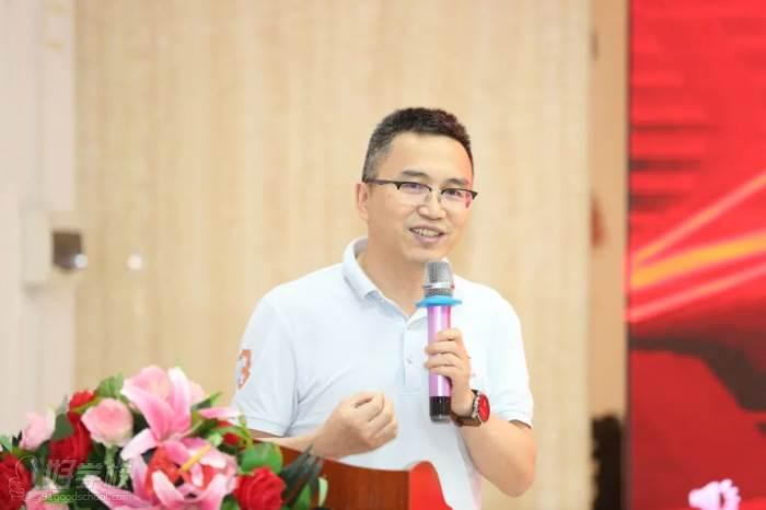 ▲企業家代表:東莞納鈦測控技術有限公司董事長  徐正武