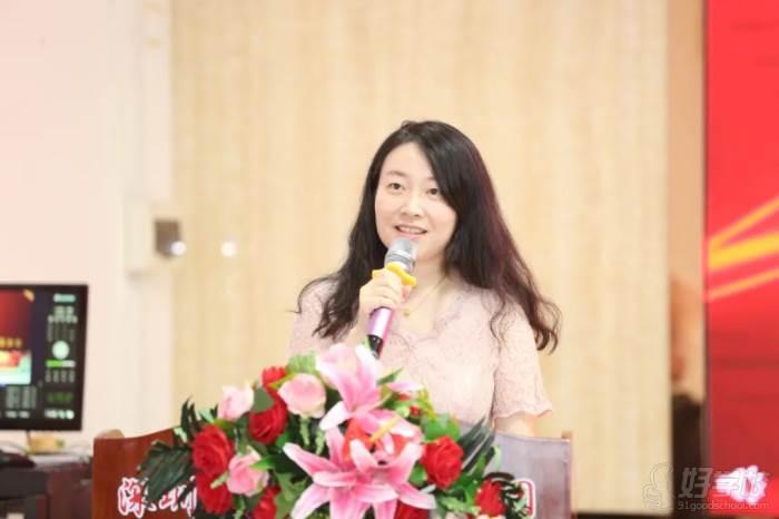 ▲企業家代表:深圳市欣旺達電子有限公司 曾晶