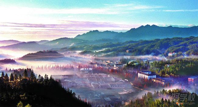 井冈山属山岳型风景名胜区景观景点,汇雄.奇,险,峻.