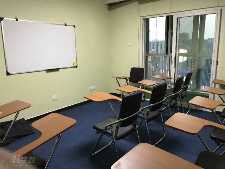 教室环境图片