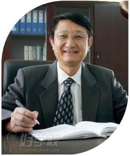 珠海英华剑桥国际学校  朱老师
