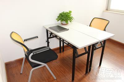 广州腾飞洋教育课室环境